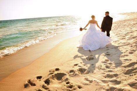wedding couple bride beach
